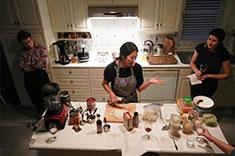 Community members at a cooking class. (Photo: Paula Leyton)