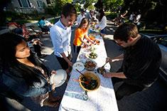 Community members at a neighbourhood buffet. (Photo: Mychaylo Prystupa)
