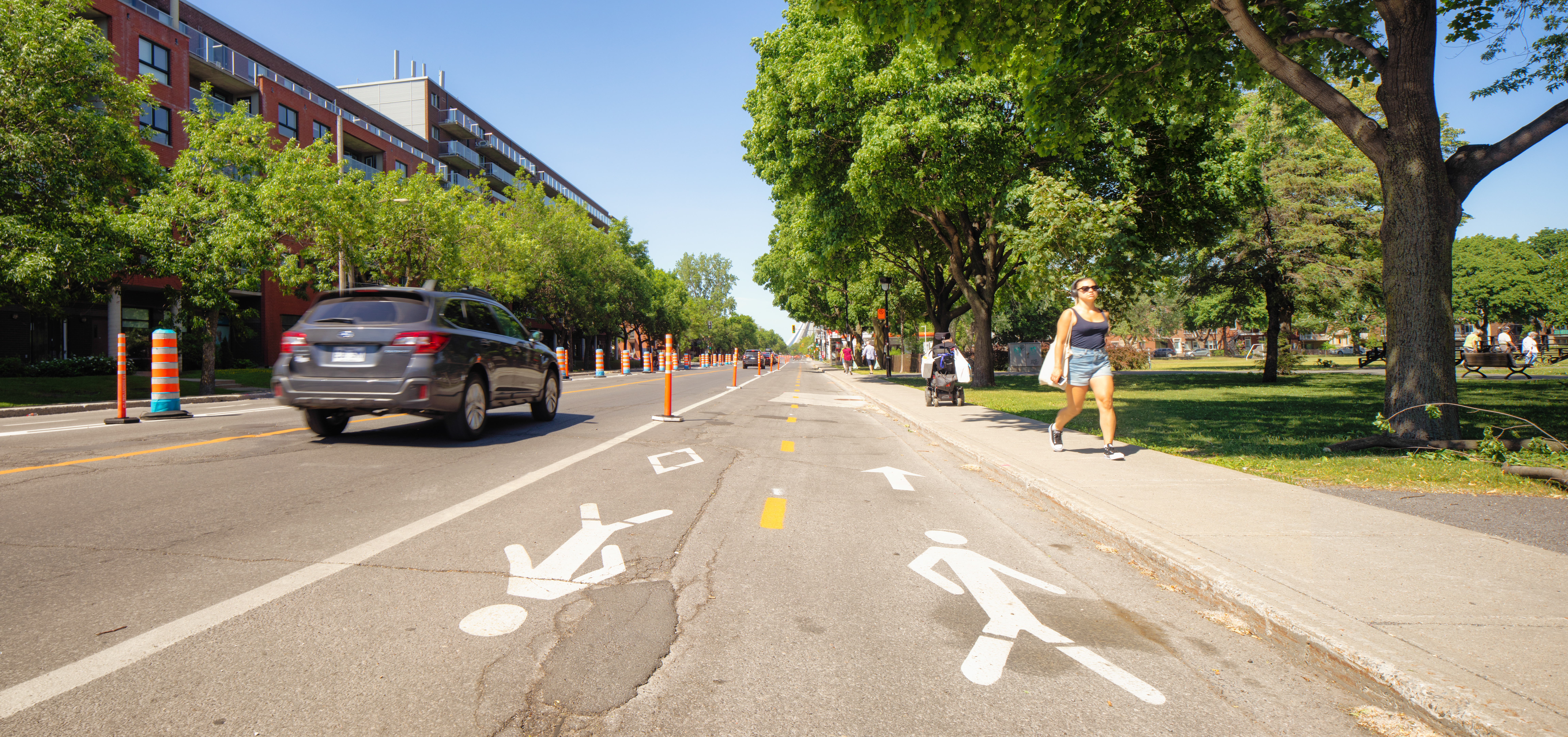 Pedestrian lanes added to the streets of Montreal.