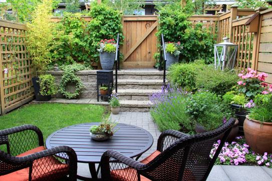 Design Tips For Planning Your Organic Garden. Evergreen.