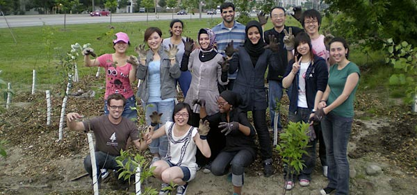 Evening stewardship at Downsview Park with the U of T English Language Club. Photo: Rolla Tahir.